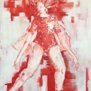 weibliche Figur stehend, Haare wehen, Arme hängen, im Gymnastikanzug mit Umhang