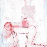 weibliche Figur im Vierfüßlerstand mit Kuchen auf dem Rücken, rot weiß